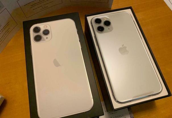Sprzedam iPhone 11 64GB...€440 iPhone 11 Pro 64GB..€560 iPhone 11 Pro Max 64GB...€650