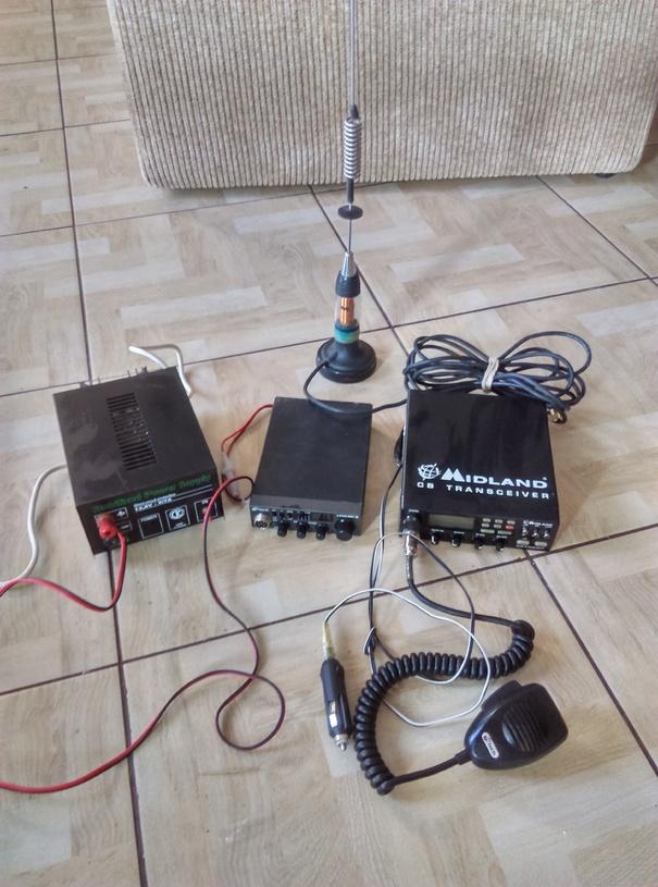 Sprzedam 2 x cb radio
