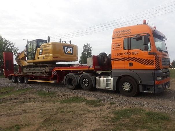 Transport kombajnów zbożowych, maszyn rolniczych, budowlanych poznań